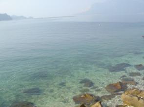澄み切った海